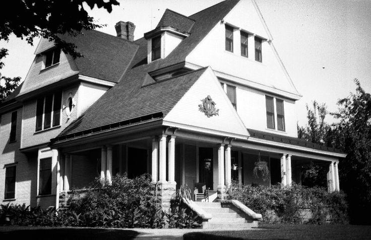Name:  house-woodbine-ia.jpg Views: 111 Size:  80.7 KB
