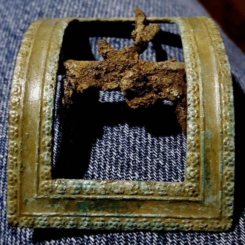 Name:  feb9th shoe buckle cleaned.jpg Views: 102 Size:  122.4 KB