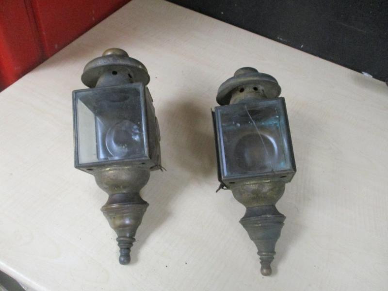 Name:  carriage lantern.jpg Views: 151 Size:  37.5 KB