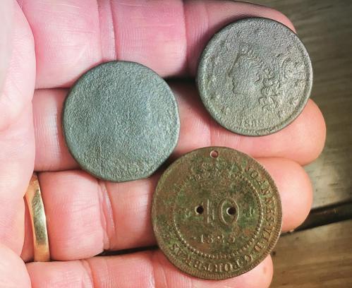 Name:  coin obverses.jpg Views: 69 Size:  35.9 KB